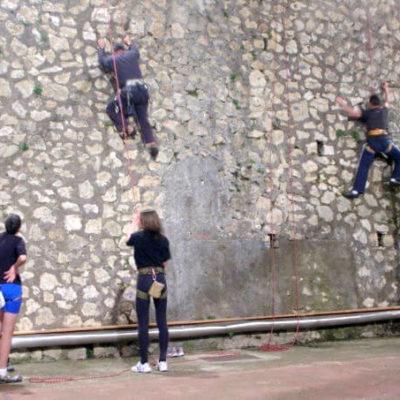Palestra di arrampicata sportiva Scuola Edmondo De Amicis